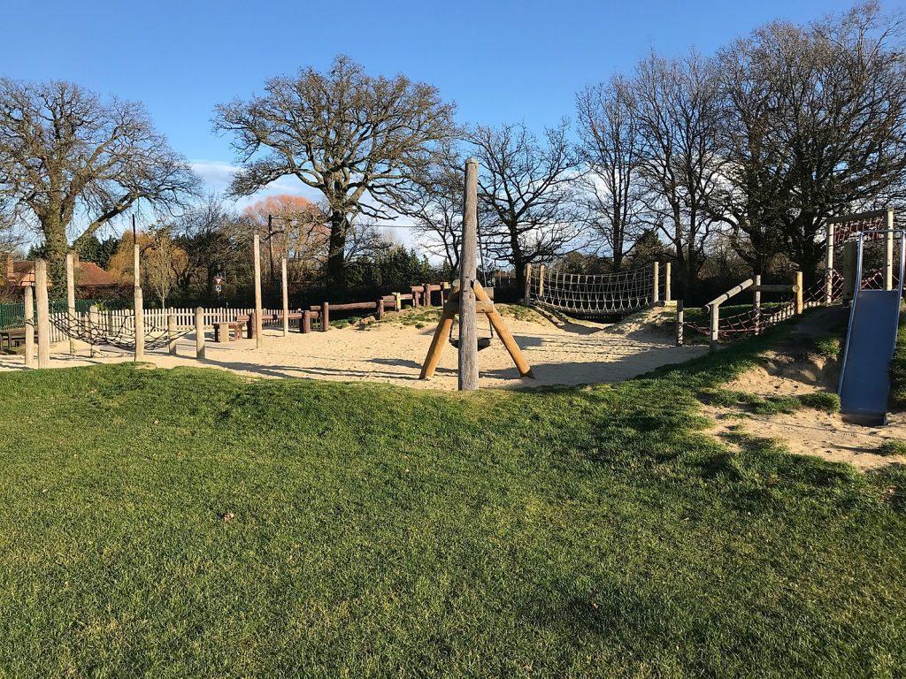 Locks Ride Sandpit Park