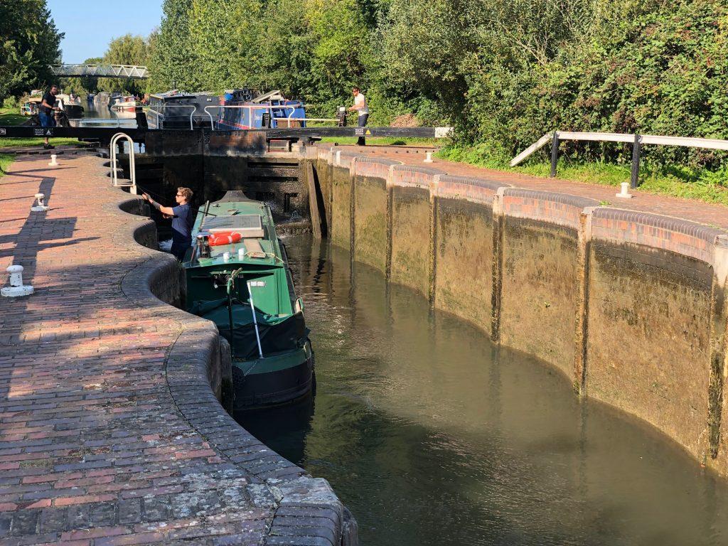 Barge in Aldermaston Lock