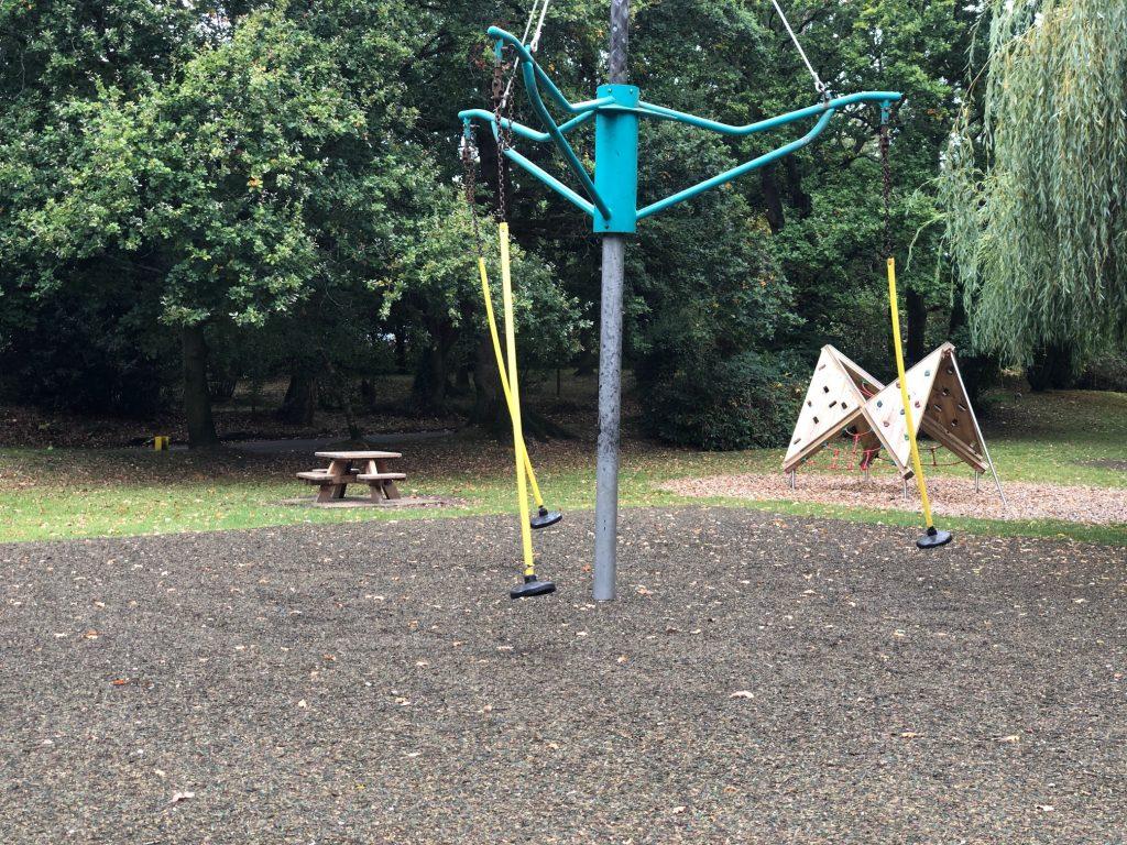 Swing at Mill Park Bracknell