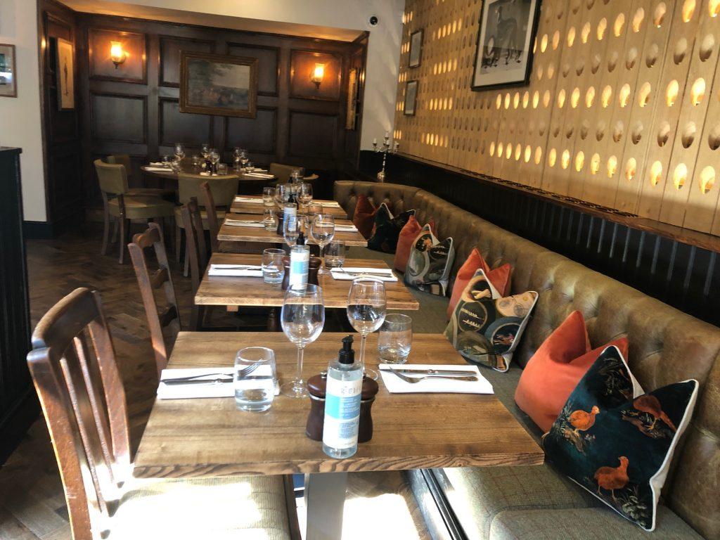 Restaurant Bar at The Greyhound Finchampstead